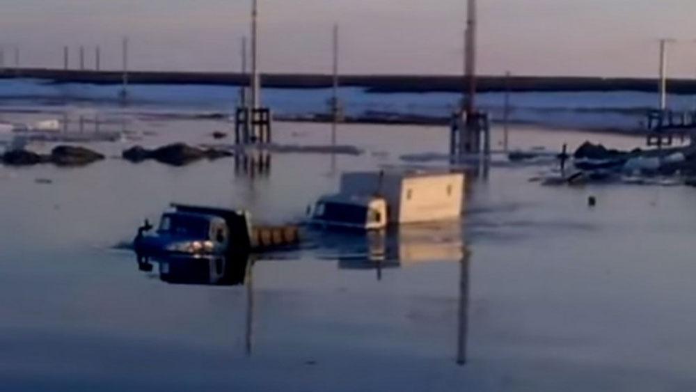 Los Camiones Kamaz Como Pez en el Agua