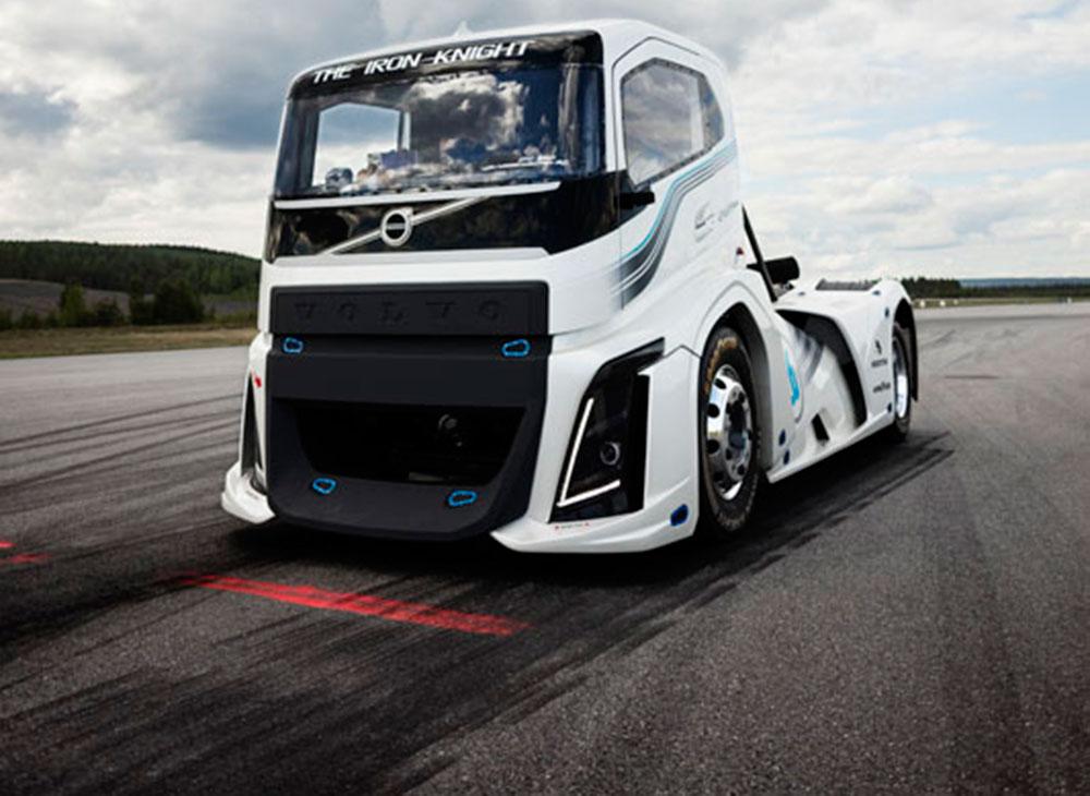 Iron Knight de Volvo… Récord por Partida Doble