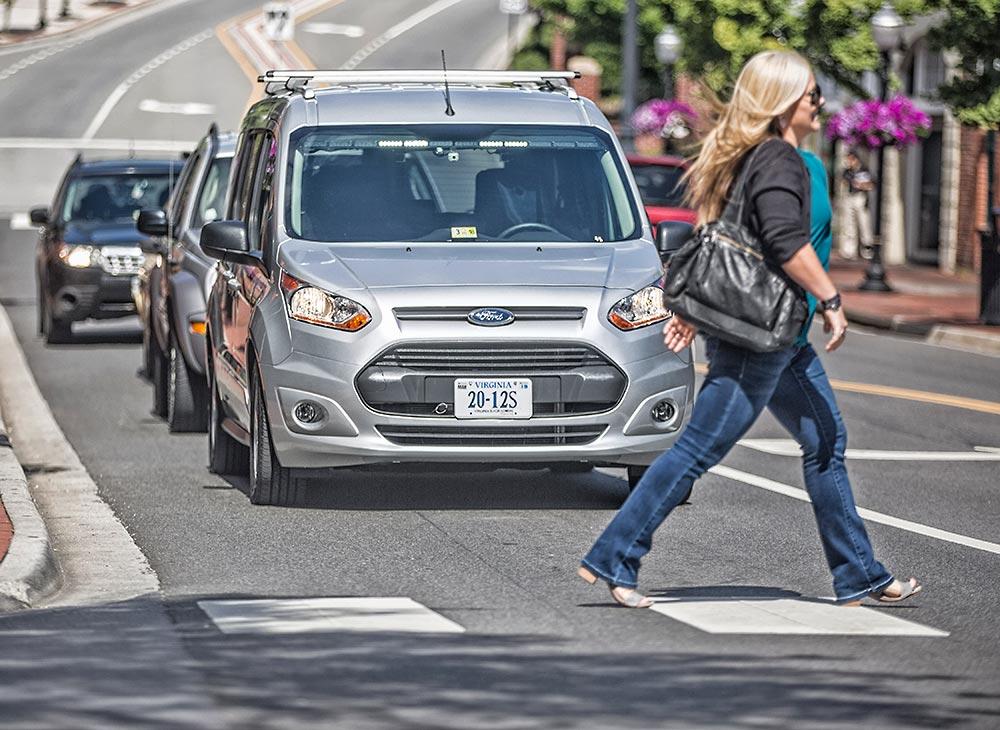 Ford Intenta Crear Nuevo Lenguaje Autónomo-Peatón en Divertida Investigación
