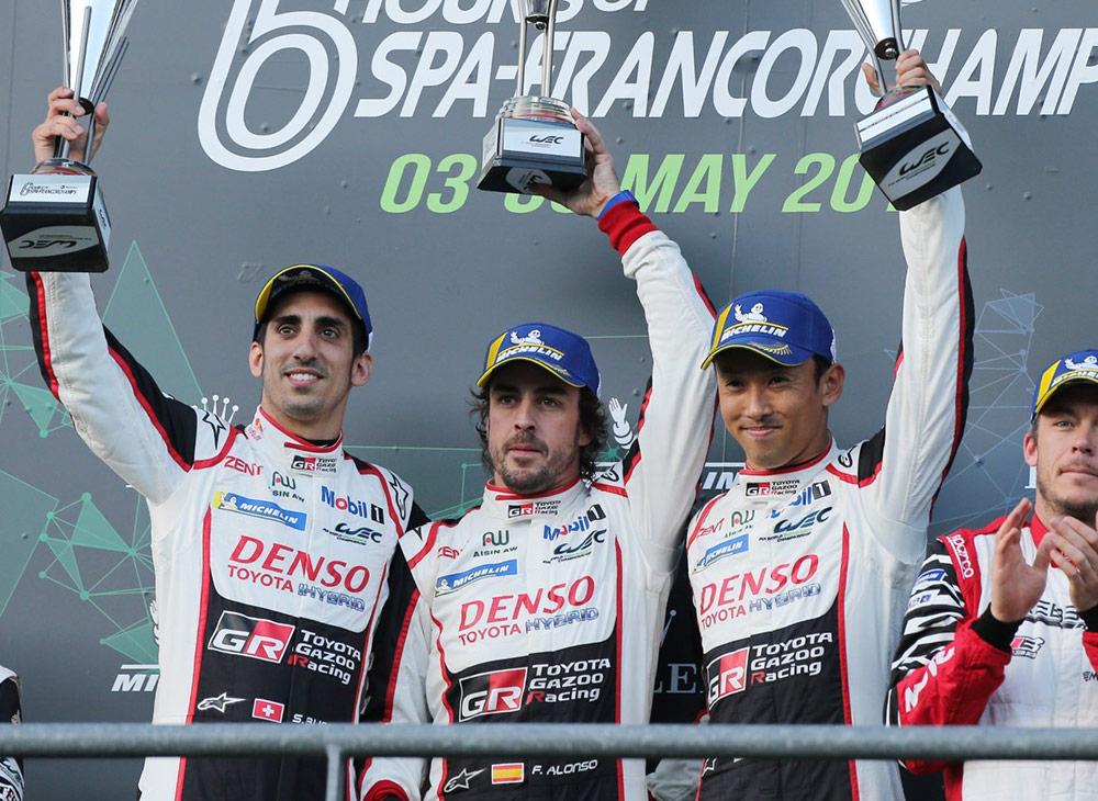 Fernando Alonso se daun Duchazo de Gloria en Debut con Toyota